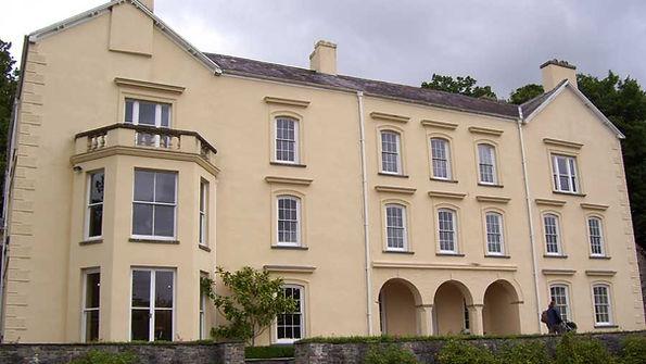 Aberglasney-Gardens-Mansion-2.jpg