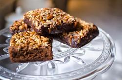 brownies+on+platter