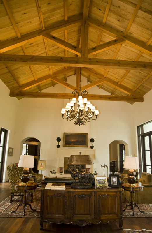 Sitting Room- high ceilings