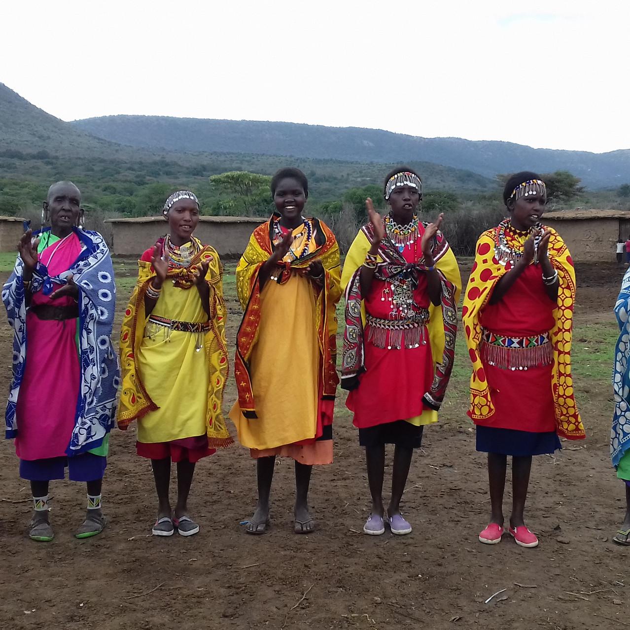 Les femmes, belles et colorées