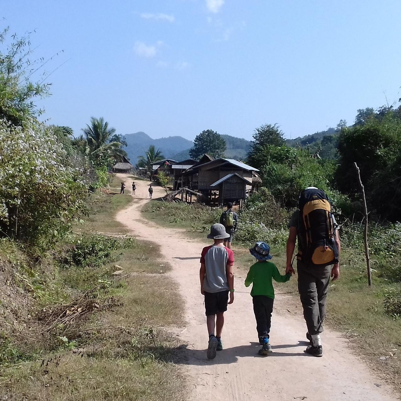 Village en chemin