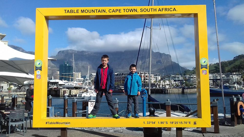 l'omniprésente Table Mountain en arrière fond