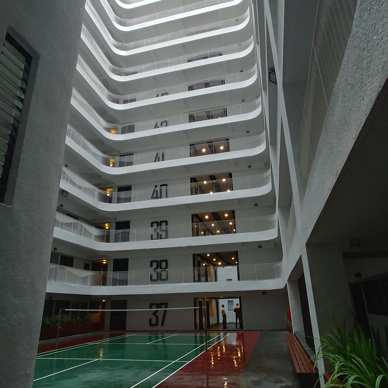 Badmington au 37ème étage!