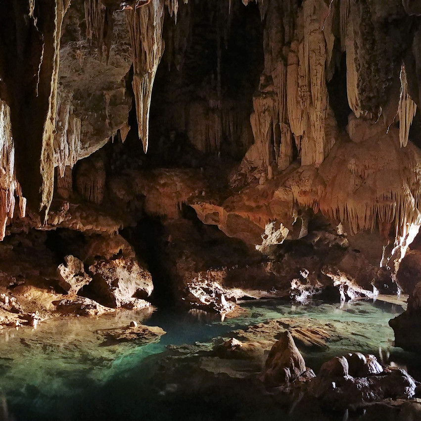 Les grottes laotiennes