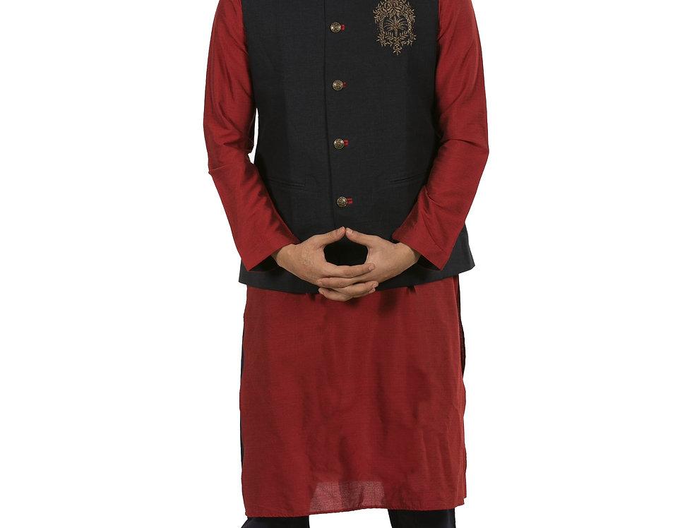 Maroon Silk Kurta Pajama with Black Dupion Waist Coat (Style Code: 2373227)