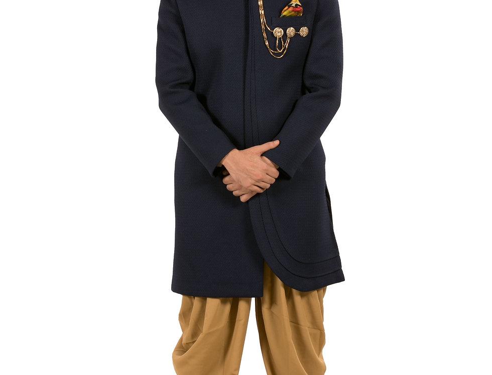 Black Indo WesternSherwani with Brooch & Patiala Salwar (Style Code: 2344740)