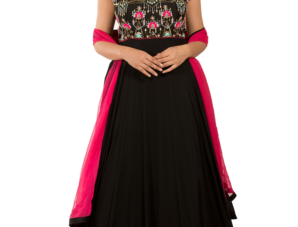 Black Readymade Georgette Suit with Dupatta (Style Code: 2373594)