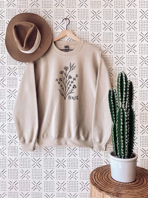 Iowa Flowers Crewneck (Heather Sand)