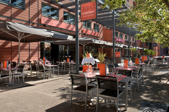 CrownePlaza_Terrasse restaurant BRG.jpg