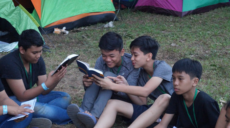 Bible reading at camp time!