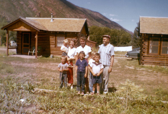 Family stays at Snowmass Cottages