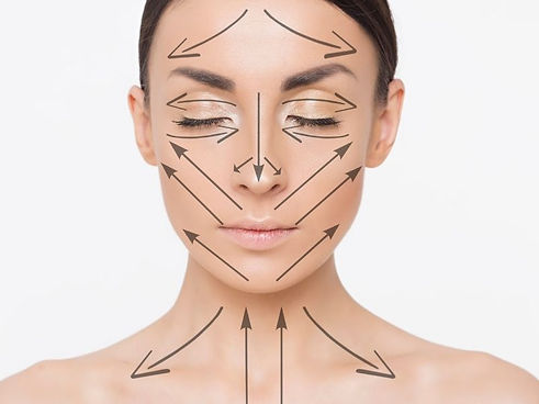 Face-Yoga-vs-Face-Massage.jpg