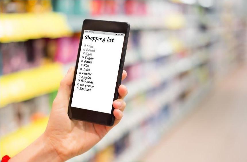 Organizzazione dei pasti settimanali e lista della spesa