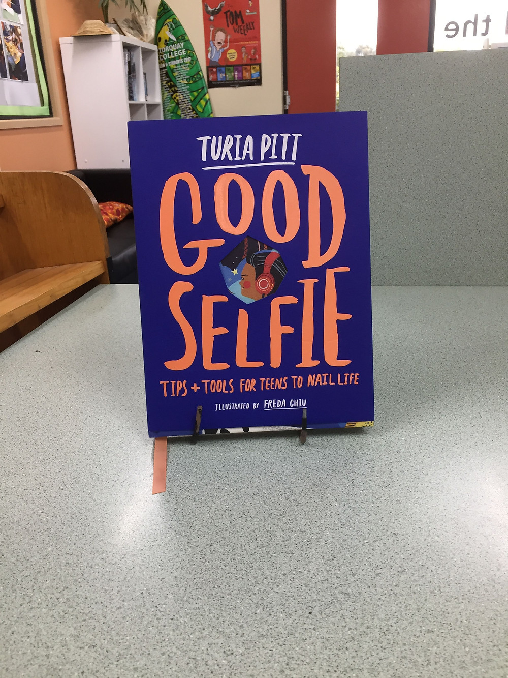 Good Selfie contains simple strategies to help kids and teens build their self-confidence, get through hard times and go after their goals.