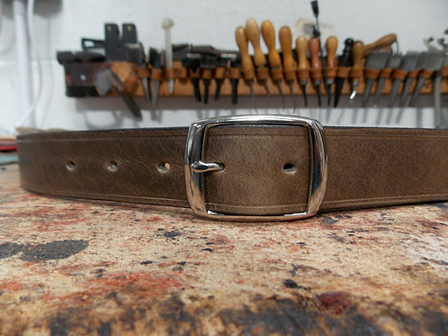 "Handmade English Leather Belt. 1"" Elephant Rivetet"