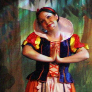 Snow White - Panto Cheshire