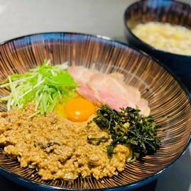 牡蠣の釜玉つけ麺