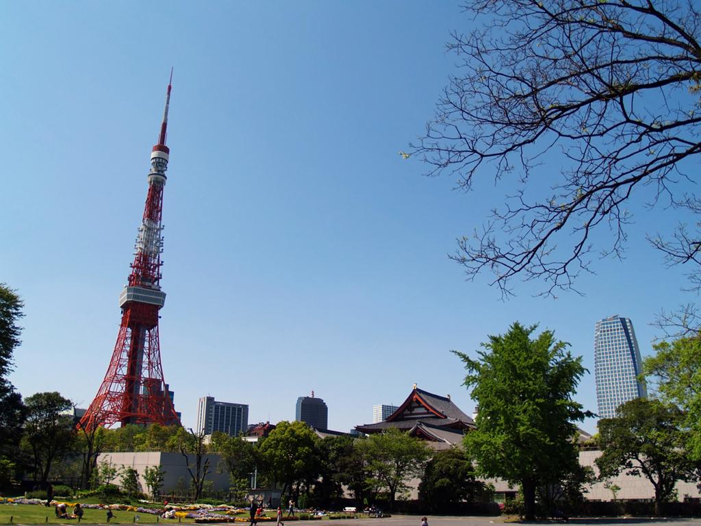 芝公園と東京タワー【I-05 芝公園駅】