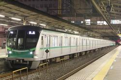 千代田線の電車「16000系」