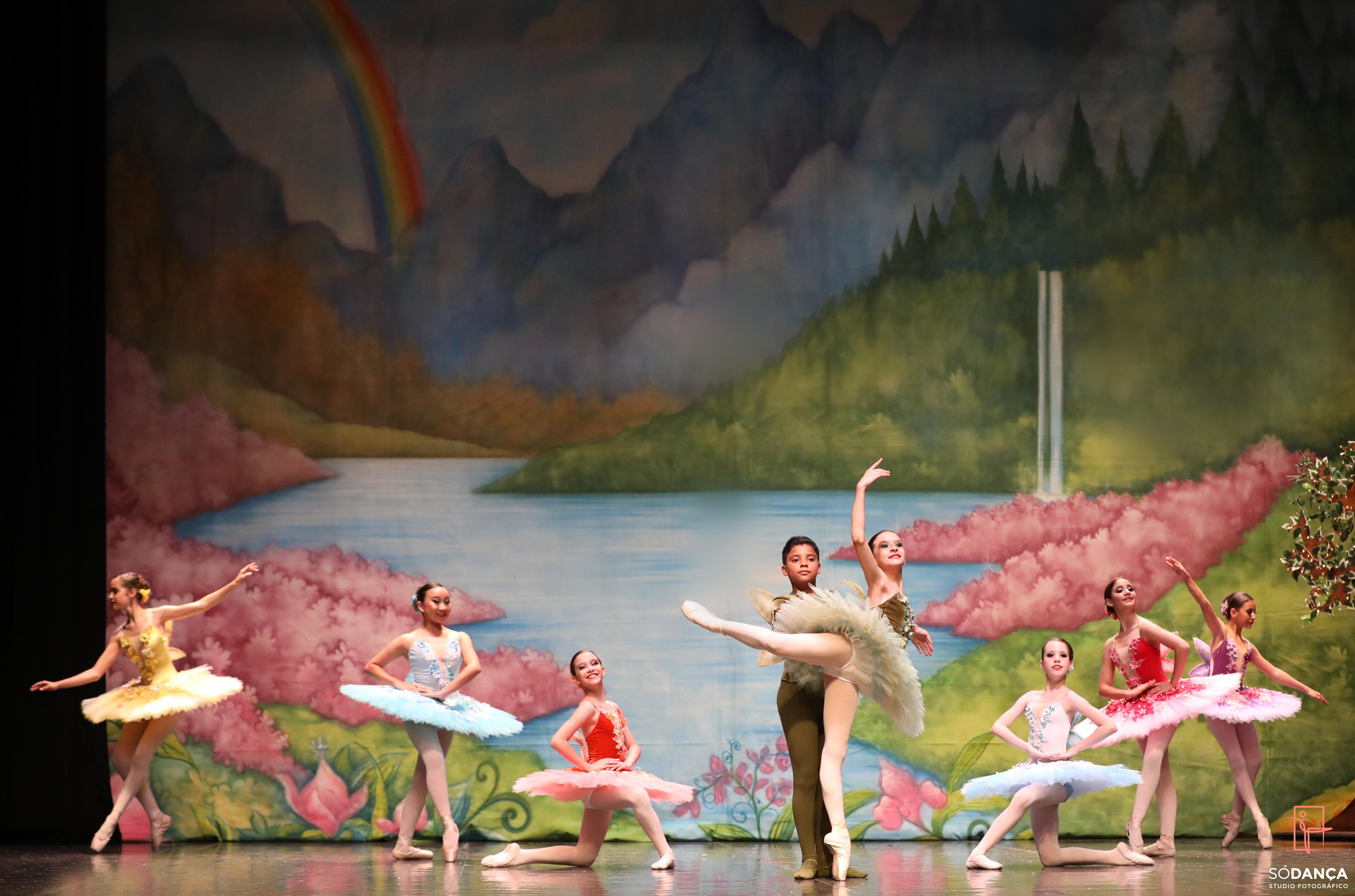 001-Ballet Karina Rezende - Magia das Fa
