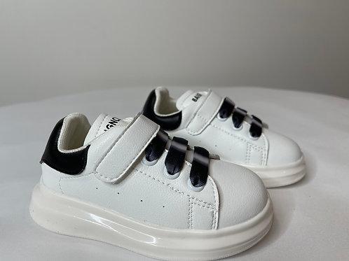 Ru Sneakers