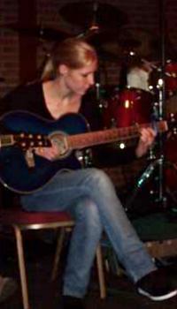 Stacy van Alphen leerling van The Guitar Master