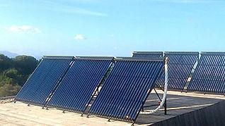 Calefacción solar, sistema forzado, tecnología heat pipe