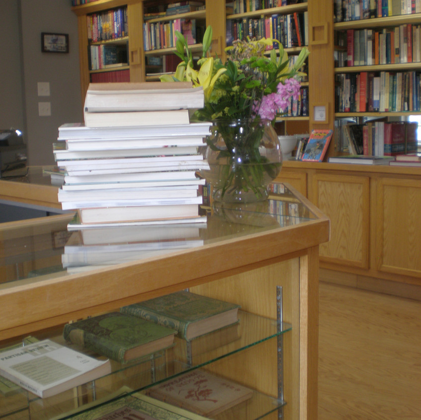 061218 3 Capotains Book Store