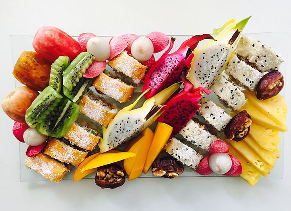 מיקס סושי ופירות