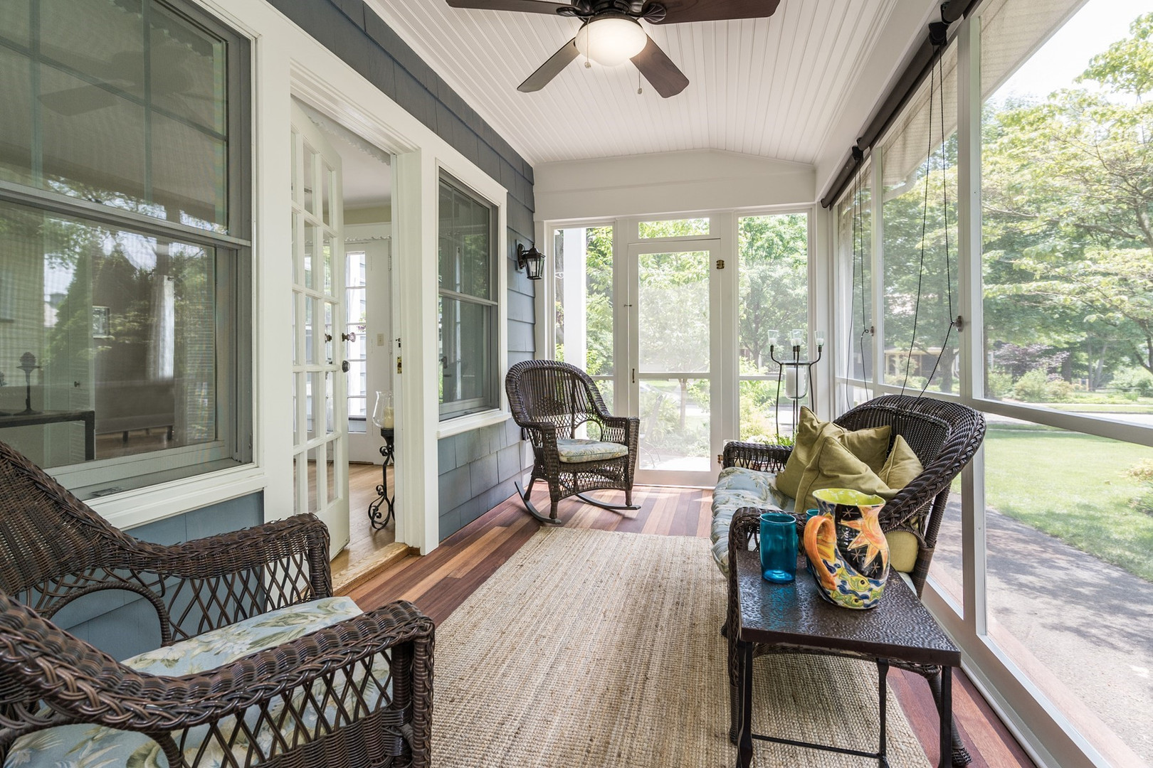 008_Screened Porch.jpg