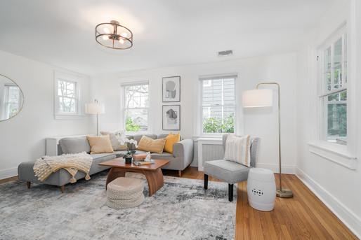 10-Living Room 1.jpg