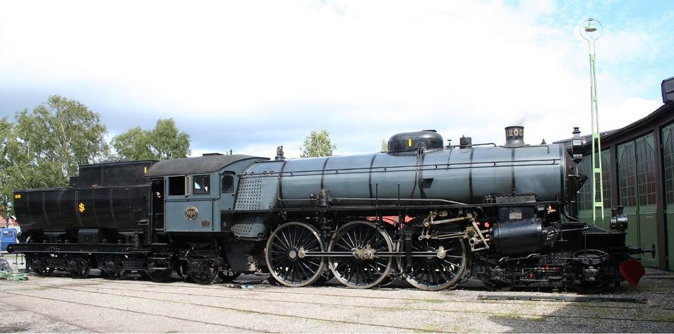 DSB - SJ 1200 restored....jpg