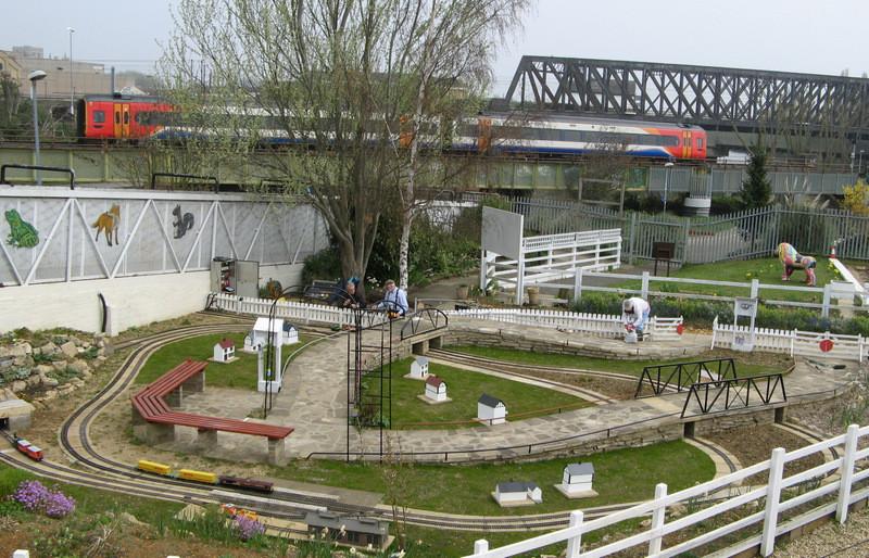 The Railworld Garden Railway Showing lay