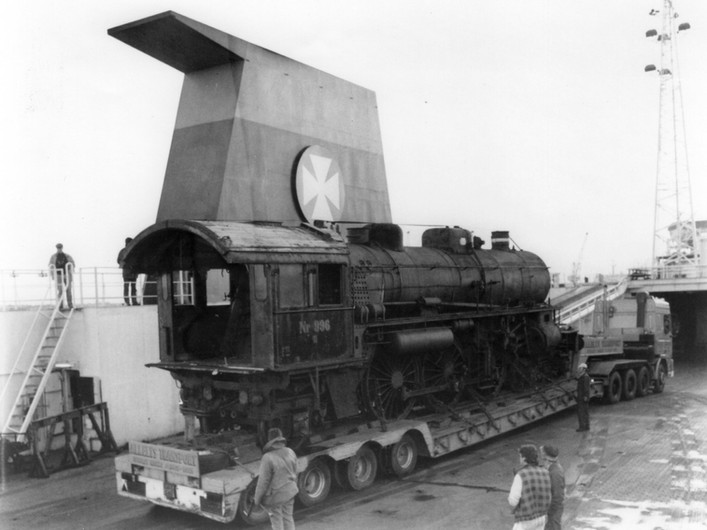 DSB on its voyage to the UK..jpg