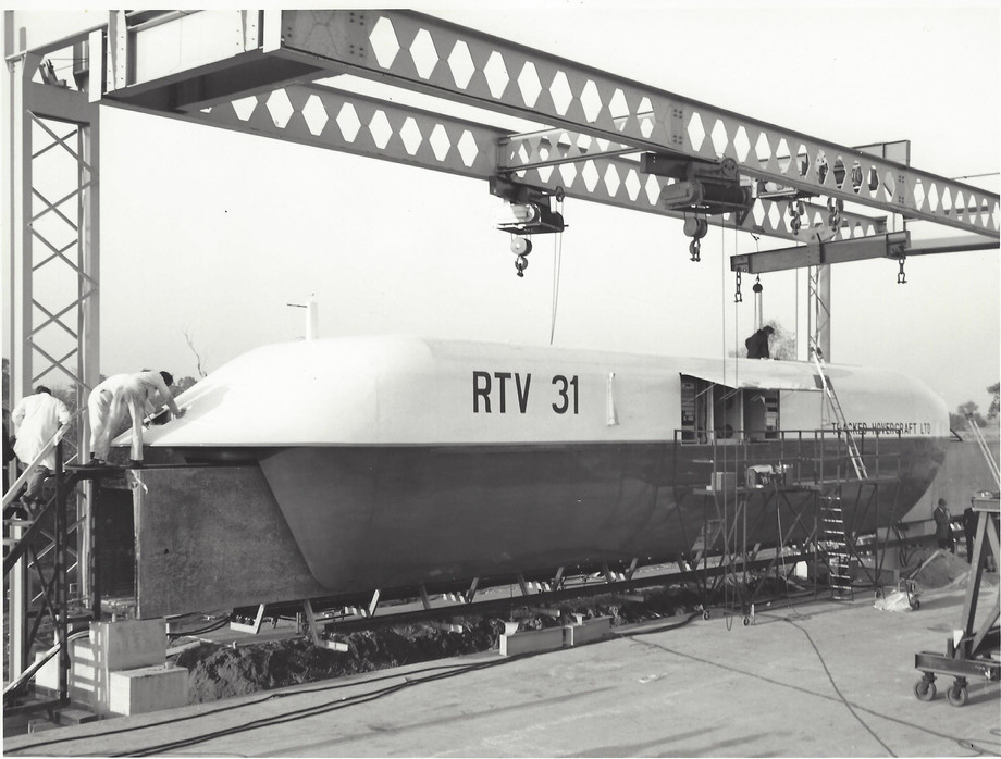 RTV 31 on track commisioning - The back