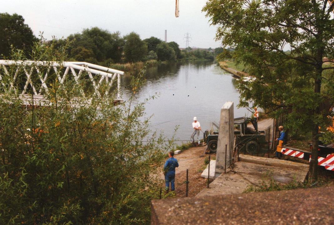 Eric Jays pics of river bridge Sat 8th J