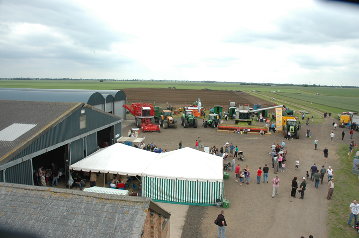 Farm-Sunday-2010-211.png