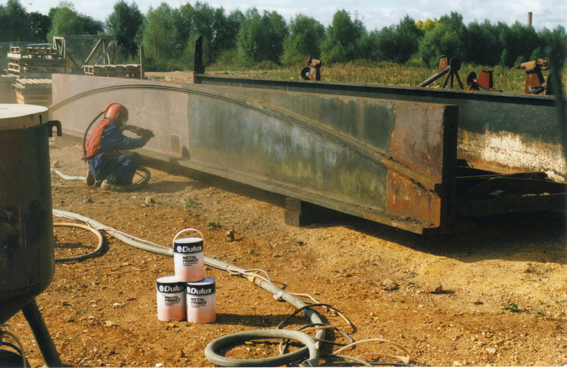 Aqueduct being shotblasted in 1998 - the
