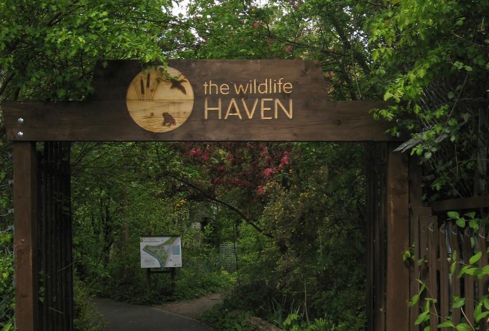 Haven entrance - carving.JPG
