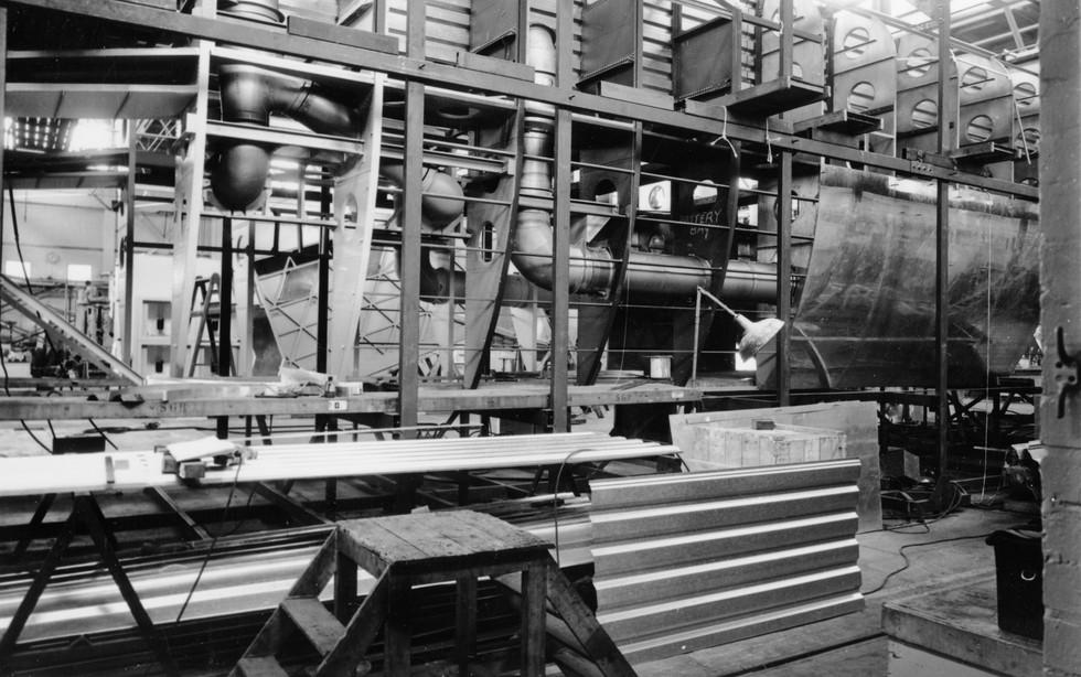 Construction of RTV 31 at Vickers Swindo