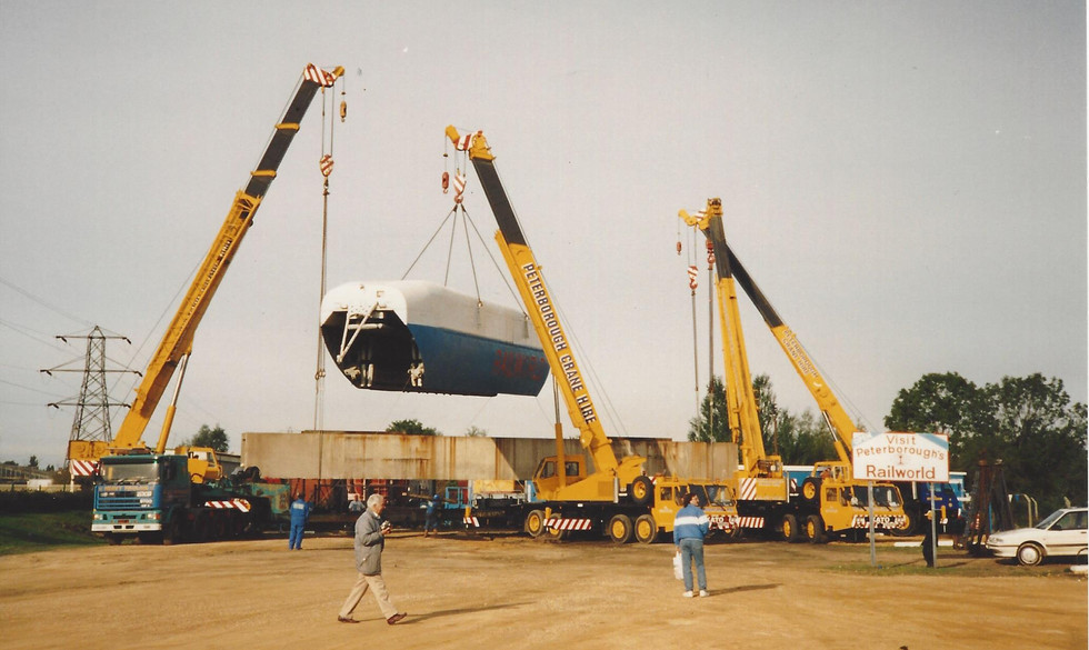 RTV31 is unloaded at Railworld by Stuart