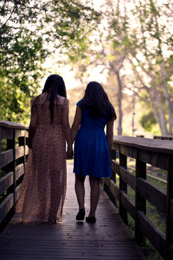 sister photography