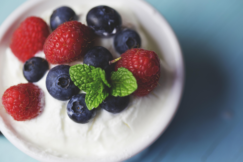 barries and yogurt