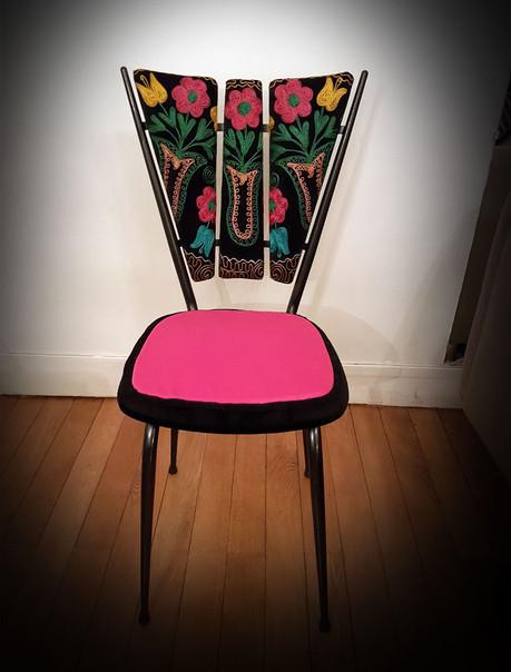 Upcycling de chaise  CONFERENCE DES PAONNES