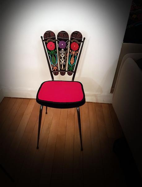 Upcycling de chaise PETALES OUZBEKS