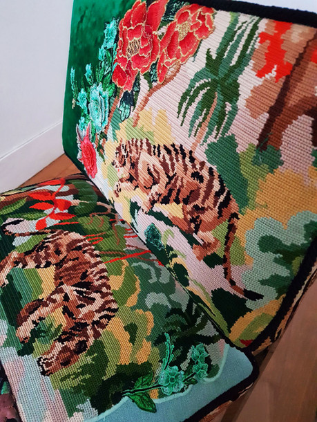 Upcycling chaise basse année 70 i