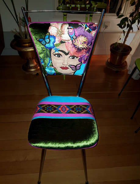 RELOOKING-CHAISE-FRIDA-VERTE 2