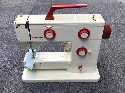 Bernina Nova 900 Electronic