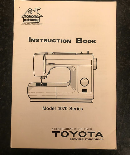 Toyota 4070 Series Instruction Book.
