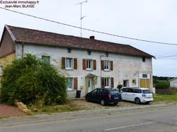 Maison individuelle, terrain 1,6 hectares 180000 €